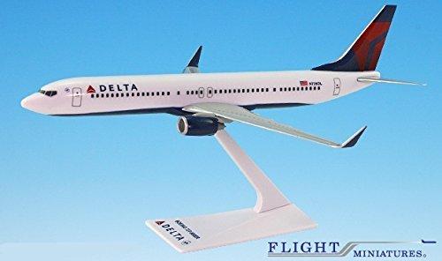 Delta 07-Cur 737-900ER Airplane Miniature Model Plastic Snap Fit 1200 Part ABO-73790H-007