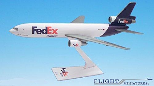 FedEx 00-05 DC-10 Airplane Miniature Model Plastic Snap Fit 1250 Part ADC-01000I-019