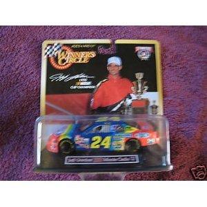 JEFF GORDON Winners Circle 1998 Cup Champion 143 scale car