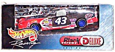 NASCAR 43 STP Hot Wheels Racing Black Chrome Deluxe Edition 143 Scale Car