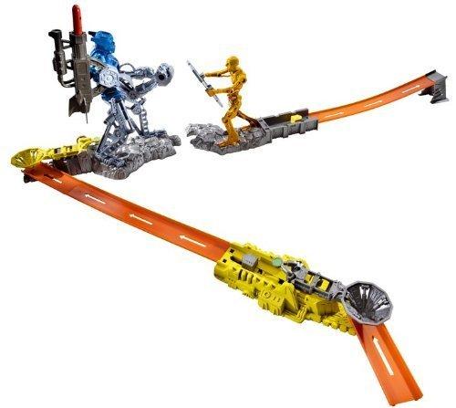 Hot Wheels Trick Tracks Cyborg Blaster Starter Set by Hot Wheels