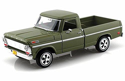 1969 Ford F-100 Pickup Green - Motormax Premium American 79315 - 124 Scale Diecast Model Car
