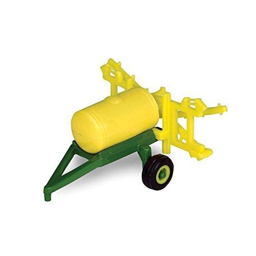 ERTL Toys John Deere Pull Behind Sprayer by ERTL Toys