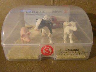 SCHLEICH FARM ANIMAL SET IN SNAP CASE PIG COW LAMB