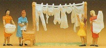 Preiser 14050 Women Hanging Laundry H0 scale 187 Figure by Preiser
