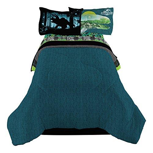 Universal Jurassic World Biggest Growl 72 x 86 Microfiber Comforter TwinFull