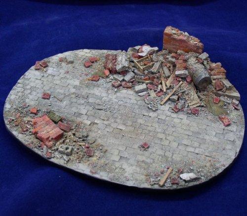 Alliance Model Works 135 Small European Ruin Resin Diorama Base LW35001