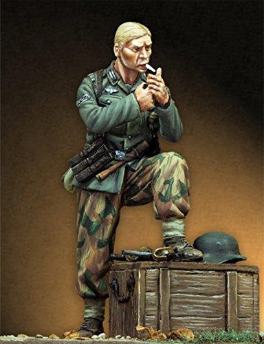 Pegaso Models 135 WWII Unteroffizer Heer 1944 Resin Figure Model Kit PT-036
