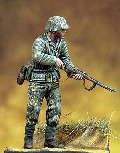 Pegaso Models 135 WWII Wehrmacht Soldier Resin Figure Model Kit PT-043