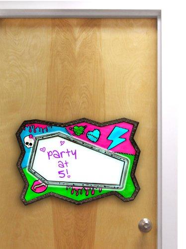 Tara Toy Monster High - High Voltage Message Board
