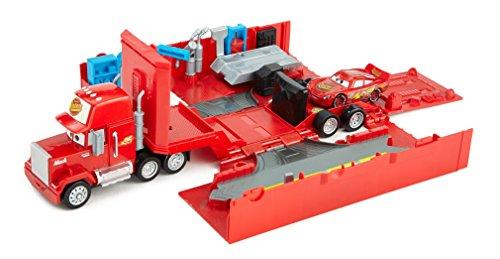 DisneyPixar Cars Piston Cup Speedway Bundle